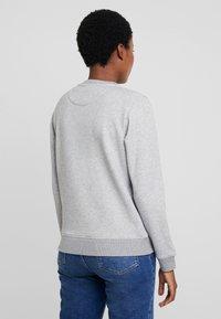 GANT - LOCK UP C-NECK - Sweatshirt - grey melange - 2
