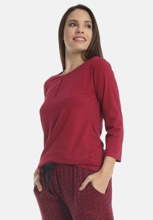 Pyjama top - ruby red