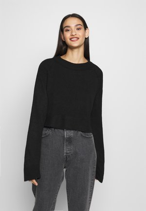RAGLAN CROP - Jumper - black