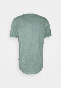 JOOP! Jeans - CLARK - Camiseta básica - mottled green - 1