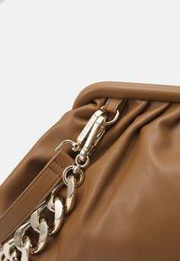 Steve Madden - BREVIVE - Handbag - tan - 7