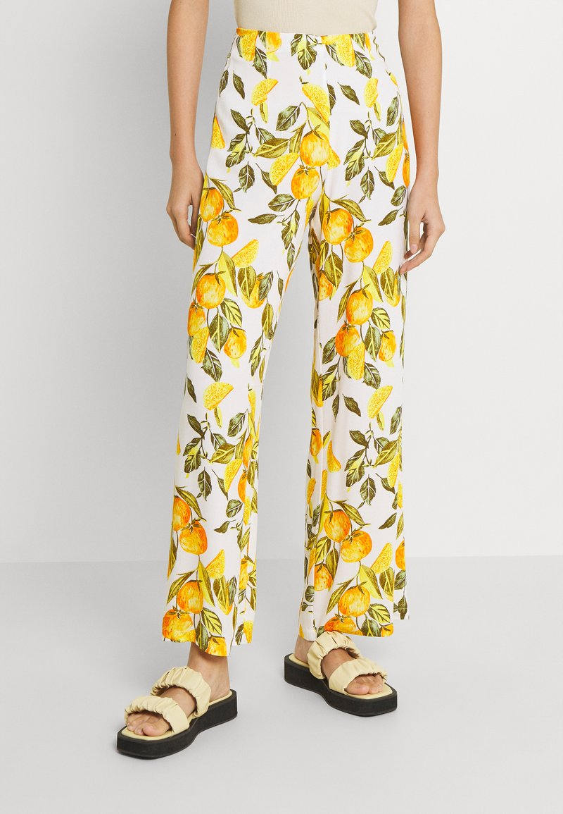 Never Fully Dressed - GROVE FREYA TROUSER - Trousers - white/yellow