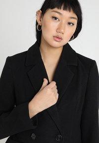 Vero Moda - VMRAMBLA CALA - Classic coat - black - 3