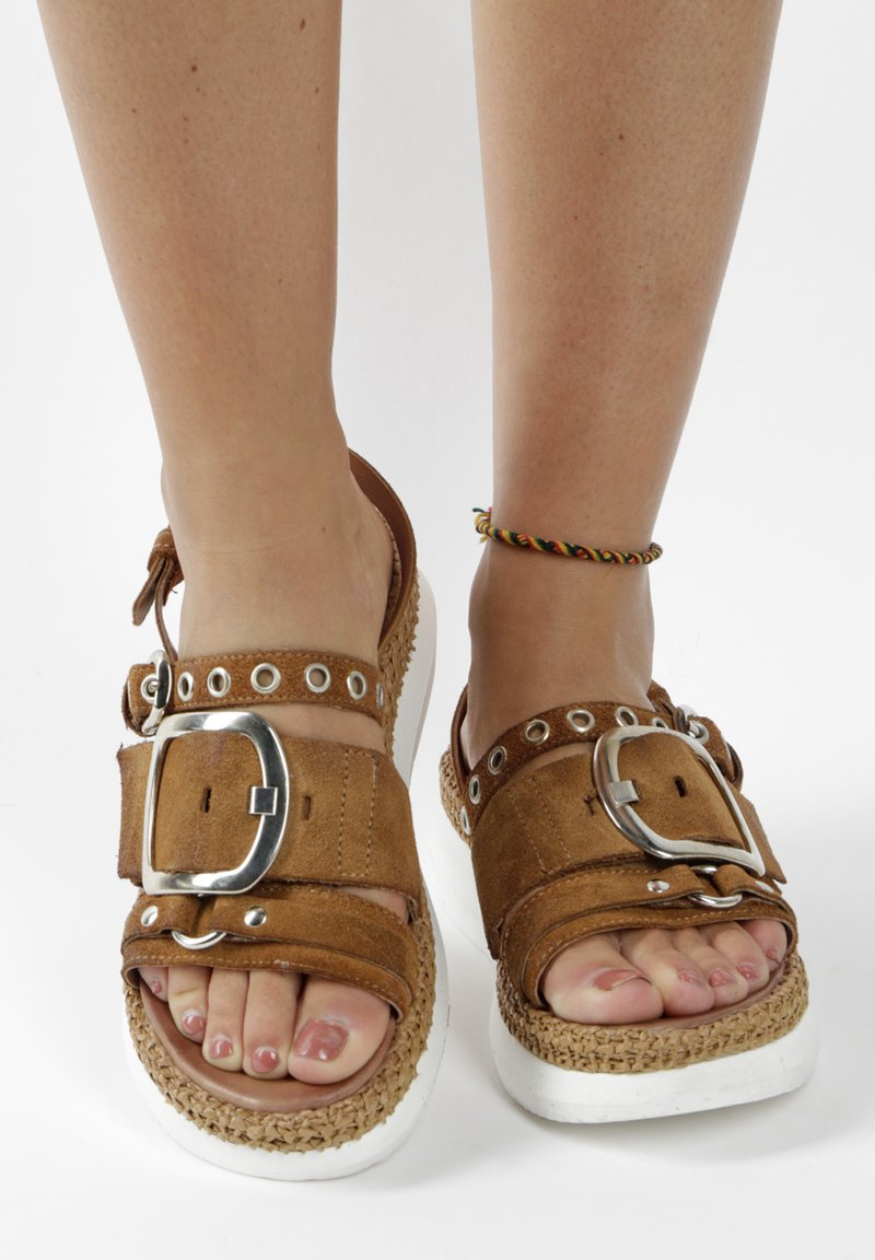 MJUS - Platform sandals - brown