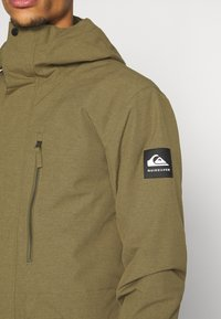 Quiksilver - MISSION SOLID - Snowboard jacket - military olive - 5