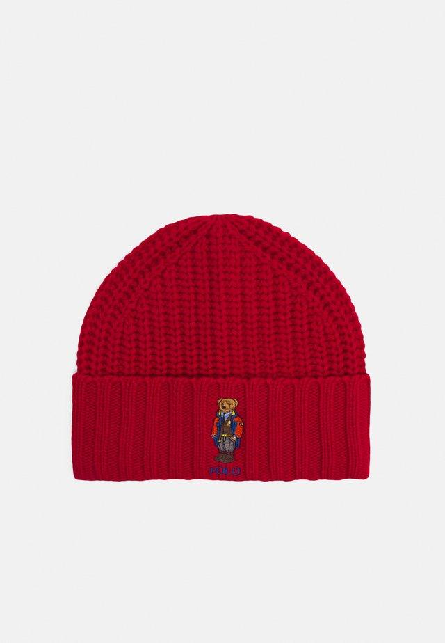 OUTDOOR BEAR HAT - Čepice - red