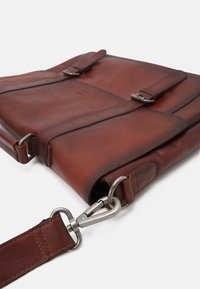 Still Nordic - VINTAGE MESSENGER BRIEF - Laptop bag - brown - 3