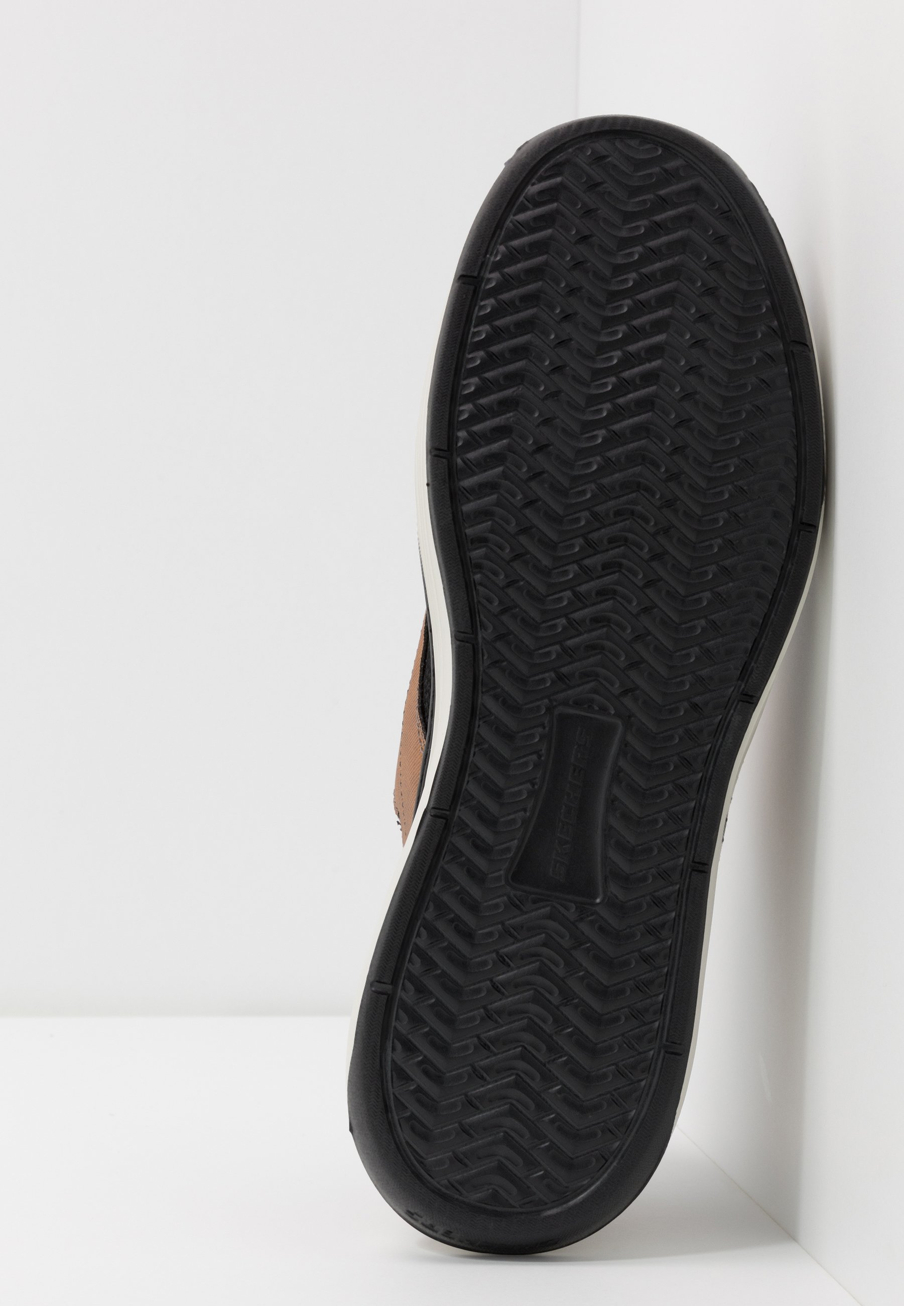 Skechers MORENO ZENTER - Joggesko - black