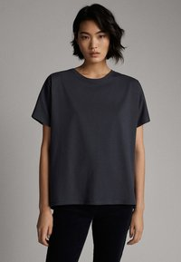 Massimo Dutti - Basic T-shirt - dark blue - 0