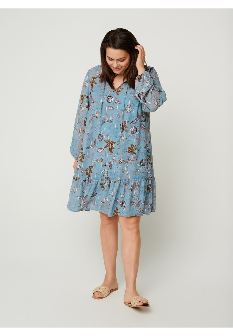 Zizzi - Day dress - light blue