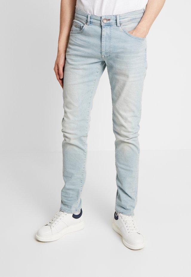 SEAHAM CLASSIC - Jean slim - bleached