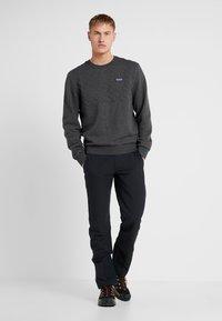 Patagonia - QUILT CREWNECK  - Sweatshirt - forge grey - 1