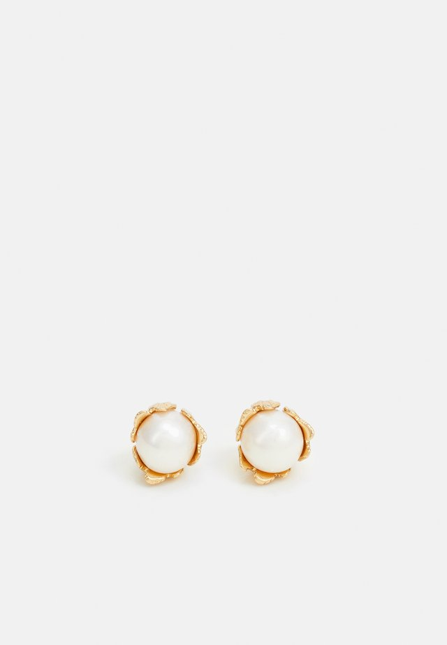 TEXTURED FLOWER STUD - Earrings - gold-coloured