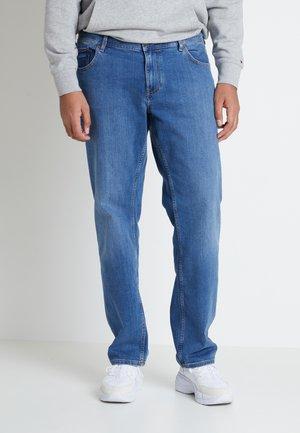 MADISON ALVIN - Jeans straight leg - stone blue denim