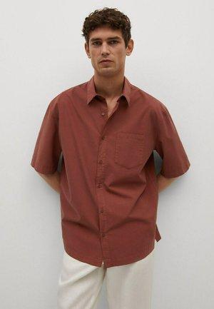 RELAXED-FIT  - Skjorta - brent oransje