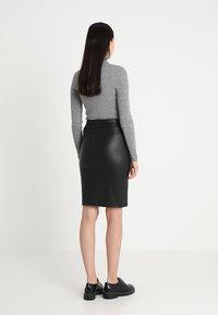 DAY Birger et Mikkelsen - PLONGY - Pencil skirt - black - 2