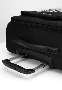 Love Moschino - VIAGGIO  - Set de valises - black - 5