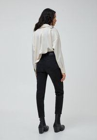 PULL&BEAR - MOM - Jeans baggy - black - 2