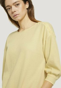 TOM TAILOR DENIM - Long sleeved top - soft yellow - 4