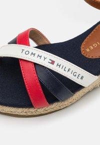 Tommy Hilfiger - Sandali - blue/multicolor - 5