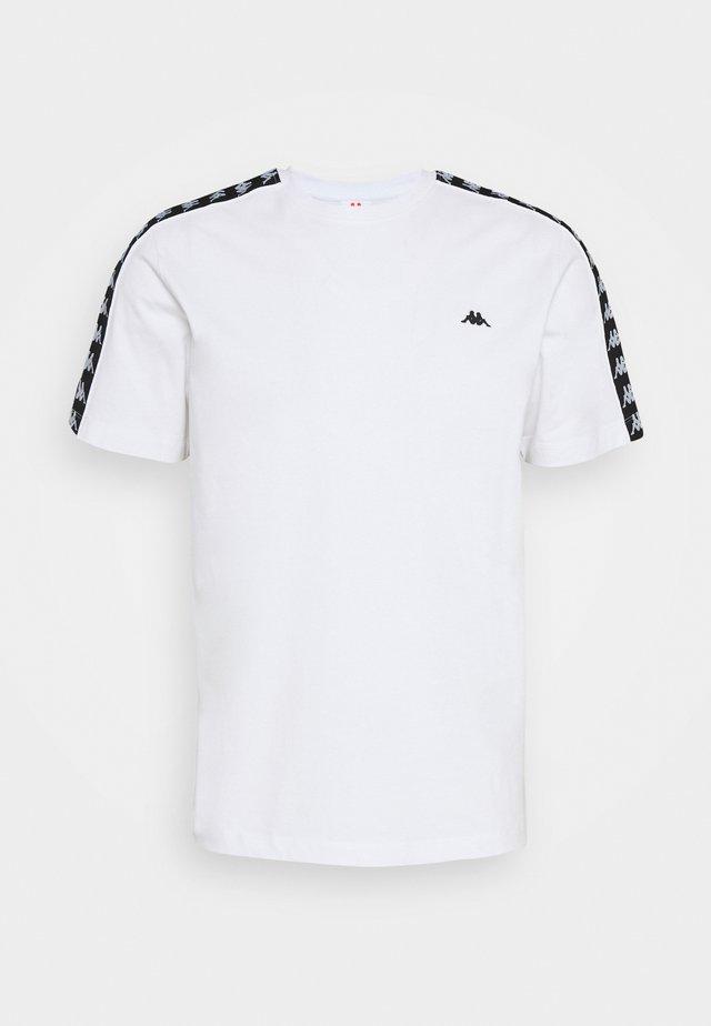 HANNO TEE - T-shirt imprimé - bright white
