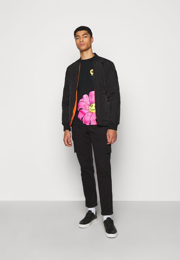 GCDS REGULAR TEE - T-shirt z nadrukiem - black/czarny Odzież Męska VHBA