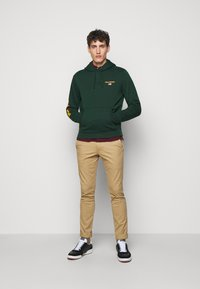 Polo Ralph Lauren - Sweat à capuche - college green - 1
