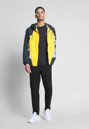 SIGNATURE - Training jacket - university gold/seaweed/light smoke grey