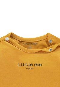 Noppies - HESTER - Pitkähihainen paita - honey yellow - 1