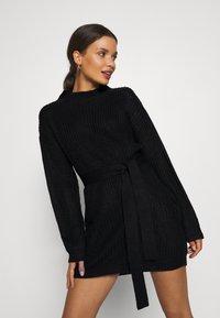 Missguided Petite - BASIC DRESS WITH BELT - Robe fourreau - black - 3