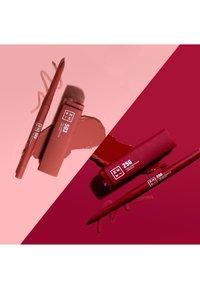 3ina - THE AUTOMATIC LIP PENCIL - Lip liner - 114 brown - 5