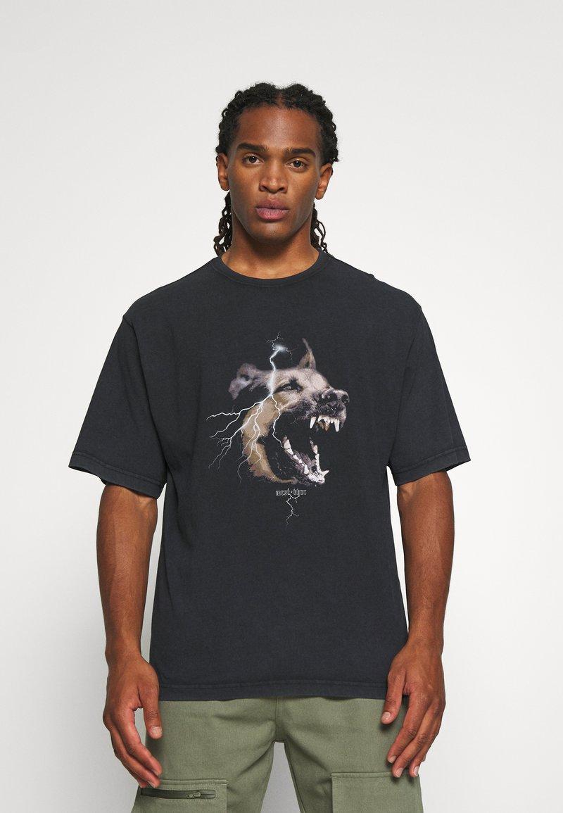 WRSTBHVR - RABIES - T-shirt med print - black washed