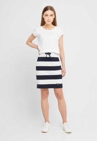 Sea Ranch - Pencil skirt - navy pearl - 0