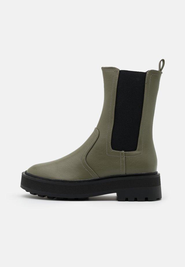 Platform ankle boots - khaki