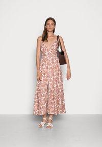 Abercrombie & Fitch - RESORT BUTTON DRESS - Maxi dress - pink - 1