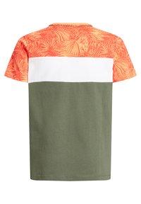WE Fashion - MET COLOURBLOCK - Print T-shirt - red - 4