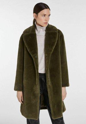 Classic coat - ivy green