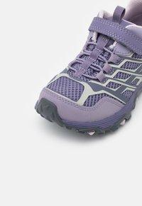 Merrell - MOAB FST LOW WTRPF UNISEX - Hiking shoes - cadet/purple ash - 5