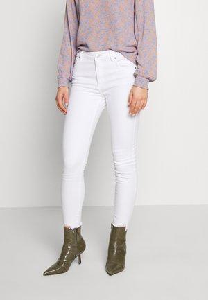 MID RISE GRAZER  - Skinny džíny - white