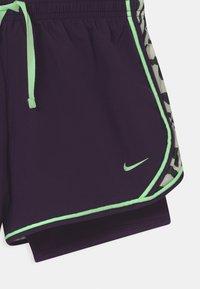 Nike Performance - DRY TEMPO  - Sports shorts - grand purple/vapor green - 2