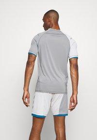 Hummel - Print T-shirt - sharkskin/gray violet - 2