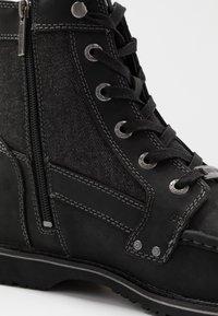 Harley Davidson - DOWLING - Lace-up ankle boots - black - 5
