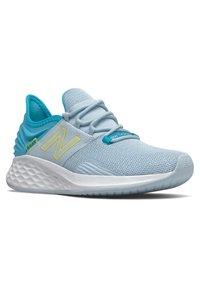 New Balance - ROAV - Neutral running shoes - blue - 1