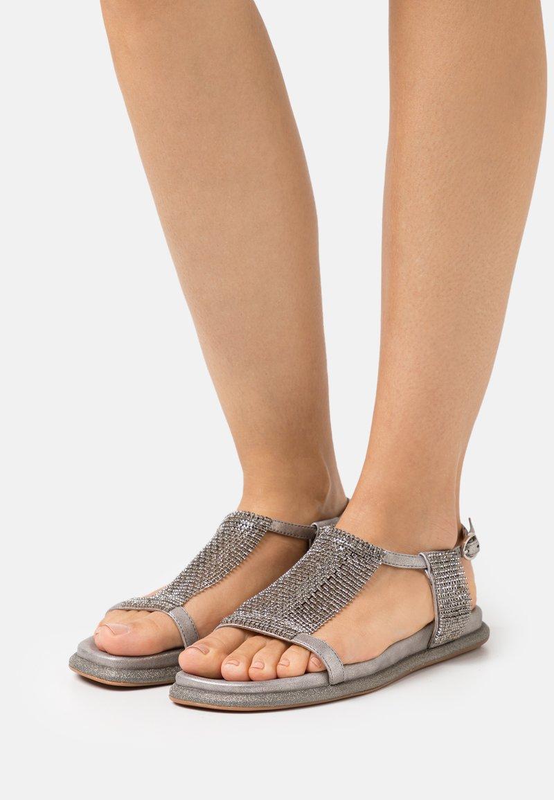 Alma en Pena - Sandals - lisboa pewter