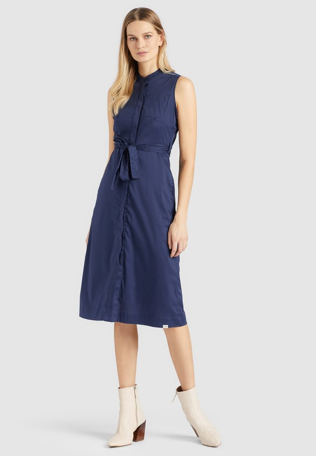 THERES - Shirt dress - dark blue