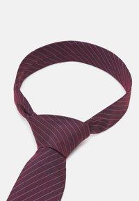 Calvin Klein - FINE SUIT STRIPE TIE - Tie - burgundy - 3