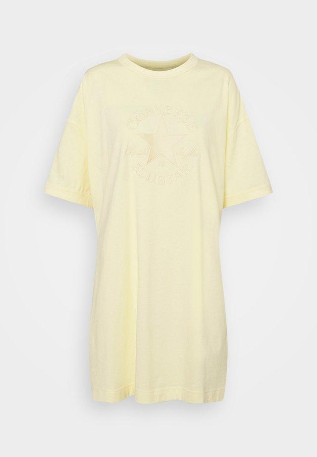 CHUCK EXTRA LONG EMBROIDERED TEE - Sukienka z dżerseju - banana cake
