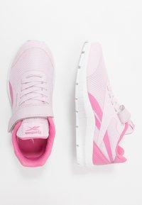Reebok - RUSH RUNNER 2.0 ALT - Obuwie do biegania treningowe - pixel pink/posh pink /white - 0