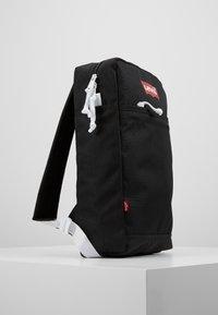 Levi's® - PACK SLIM MINI BATWING - Rucksack - regular black - 3