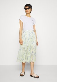 Abercrombie & Fitch - PLEATED MIDI - A-line skjørt - white - 1